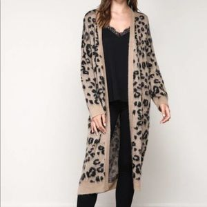 Mustard Seed Oversized Leopard Cardigan Small